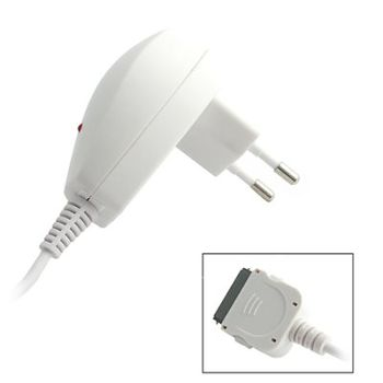 Nabíječka cestovní síťová pro iPhone 4/3GS/3G/iPod (bílá)