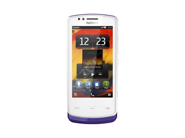 obsah balení Nokia 700 Purple